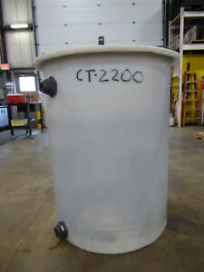 211 Gallon Poly Cylindrical Tank ct2200