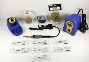 Hakko Soldering Stations Fx888d 23by With T18 b bl i d24 d32 c05 s7 599 029