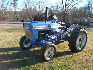 3000 Ford 2 Wheel Drive Gas Tractor Look No Rear Lift And No Rear Pto