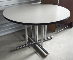Heavy Duty 48 In Commercial Round Tables With Chrome Base Conference Restaurant