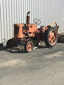 1952 Case Vac Tractor W Post Hole Digger