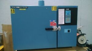 Thermotron S 1 2 h Heating Environmental Chamber With 2800 Digital Controller