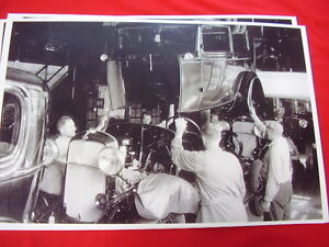 1932 Ford Assembly Line Body Drop 11 X 17 Photo Picture