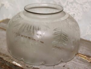 Antique Flower And Leaf Etched Glass Gas Scalloped Edge Light Shade