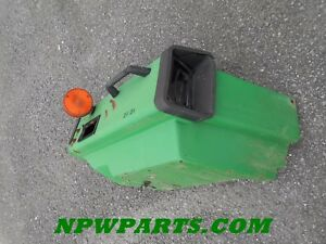 John Deere Fender Am120089 Lh sub For Am104731 Or Am107653 For 955