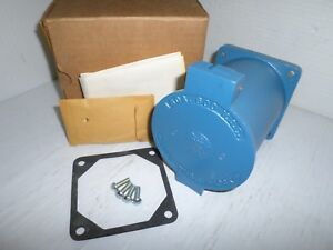 new In Box Hubbell Hbl26520 Hubbellock 60 amp Receptacle 60a 600v 4p 5w 26520