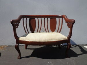 Bench Settee Loveseat French Provincial Boudoir Vanity Bed Vintage Chippendale