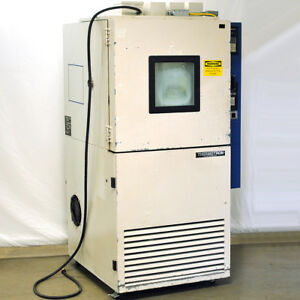 Thermotron S 8 110 55 c Environmental Chamber 8 Cubic Feet Water Cooled 230v
