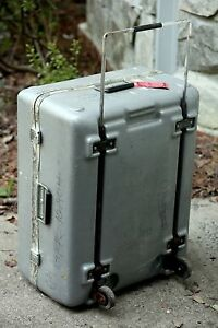 Hinged Hard Plastic Shipping Storage Case With Self storing Handle And Wheels