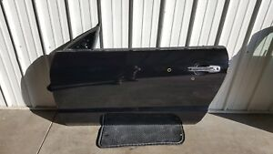 2005 2009 Mustang Lh Door Driver Side Complete Glass Convertible