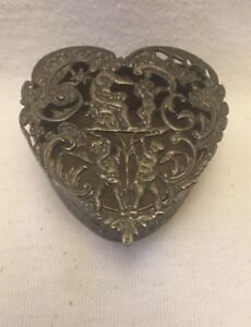 Antique Edwardian Sterling Silver Pierced Top Heart Shaped Box 1903