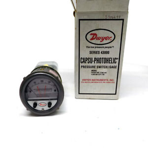 New Dwyer Inst 43200 Photohelic Pressure Switch gauge 0 200 Of Water