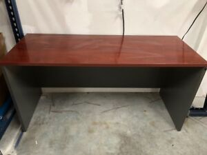 Office Or Home Computer school Solid Wood Desk 5 Large And 2 Small