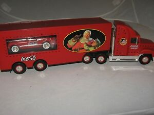 Coca Cola-Toy Truck-1999 Holiday Classic Carrier-includes 53 Corvette-15