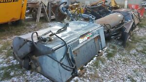 Skid Steer Bobcat Gehl Cat Quick Attach Six Foot Sweeper With Curb Brush