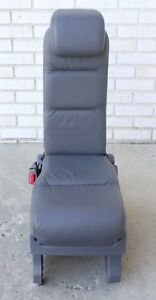 2005 2006 2007 Honda Odyssey Second Row Middle Center Jump Seat Gray Leather