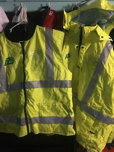 Multi Pocket Vest And Jacket With Reflective Strips For Airport Rescue Traffic