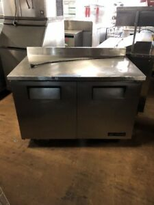True Twt 60 60 Used Commercial Worktop Refrigerator Cooler Used True