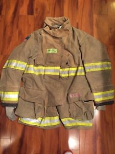 Firefighter Globe Turnout Bunker Coat 44x35 G xtreme Halloween Costume 2012