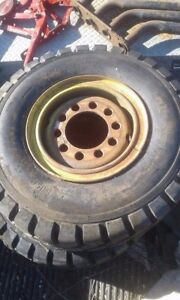 Two 8 25 By 15 Nhs Industrial Forklift Tires And Rims Never Used