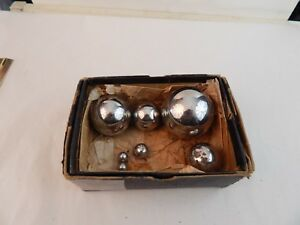 Lot Of 7 Vintage Solid Steel Graduated Ball Bearings 2 5 And Down In Orig Box