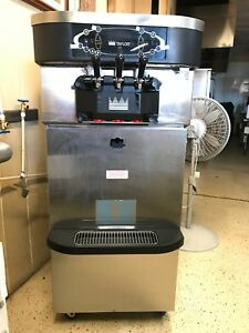 Taylorcrown Water Cooled Soft Serve frozen Yogurt Machine C723 33 W cart