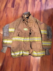 Firefighter Globe Turnout Bunker Coat 38x29 G xtreme Halloween Costume 2005