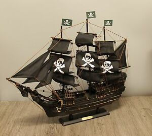 24 Wicked Wench Pirates Of The Caribbean Jack Sparrow Wood Vintage Model Ship