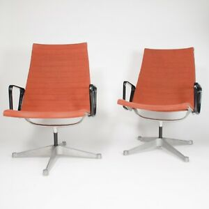 2x Museum Quality Eames Herman Miller Aluminum Group Lounge Chairs Fabric Mint