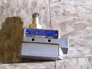 Honeywell Micro Switch Enclosed Limit Switch Bze6 2rq8