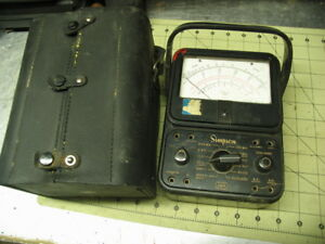 model 260 Classic Small Vom multimeter Simpson With Leather Case