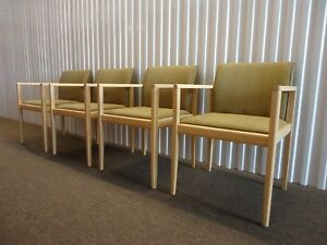 Steelcase Collaboration Guest Or Dining Chairs Set Of Four Very Comfortable