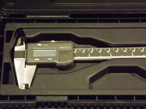 Mitutoyo 0 6 Electronic Digital Caliper With Case