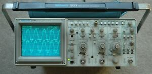 Tektronix 2230 100mhz Digital Oscilloscope Calibrated Two Probes Power Cord