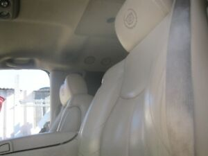 04 Escalade Tan Leather Front Seats Material Has Damage