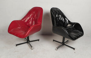 Pair Of Mid Century Modern Swivel Lounge Chairs By Frank And Sons 9467 Nj