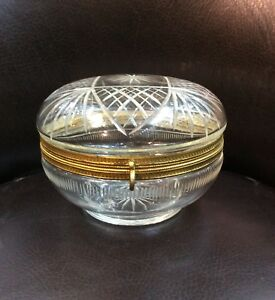 Antique Jewelry Box In Gilded Bronze And Crystal