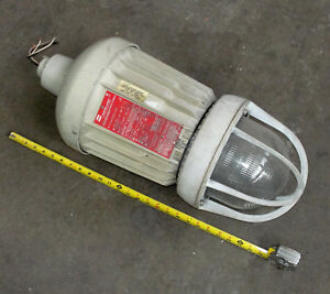 Crouse Hinds Explosion Proof Light Evma93251 mt used