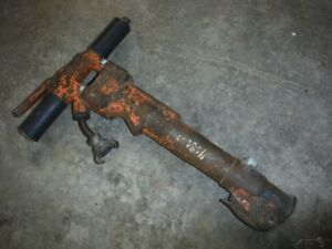 Used Apt Model 117 Pneumatic Paving Demolition Breaker Hammer Jackhammer