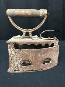Rare Antique Primitive Old Clothes Iron Coal Hand Forged Wooden Handle Lh830