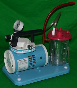 Schuco vac Portable Medical Suction Pump Model 130 used Power On Tested