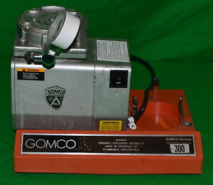 Gomco Portable Medical Suction Pump Model 300 used Power On Tested
