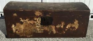 Early Antique Old Paint Dove Tailed Wooden Dome Top Chest Ephemera Lined 1824
