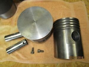 Allis Chalmers E Tractor k Crawler Tractor Sleeve Assemblies