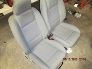 05 06 07 Ford Mustang Set Of Front Seat 198285