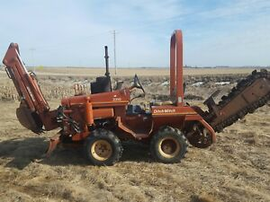 2310 Ditch Witch 4x4 Trencher Backhoe push Blade Gas runs Good ready 1707 Hrs