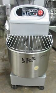 Omcan Hs30da 35 Liter 2 Speed Spiral Dough Mixer