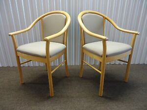 Pair Of Alcove Guest Chairs side Chairs By Steelcase Brown Fabric Slightly Use
