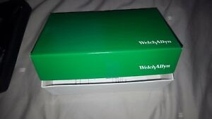 Welch Allyn Diagnostic Set 23820 Macroview Otoscope And 11720 Opthalmoscope