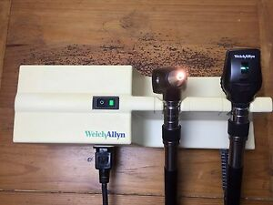 Welch Allyn 767 Transformer Model 76710 W Otoscope 25020a Ophthalmoscope 11710